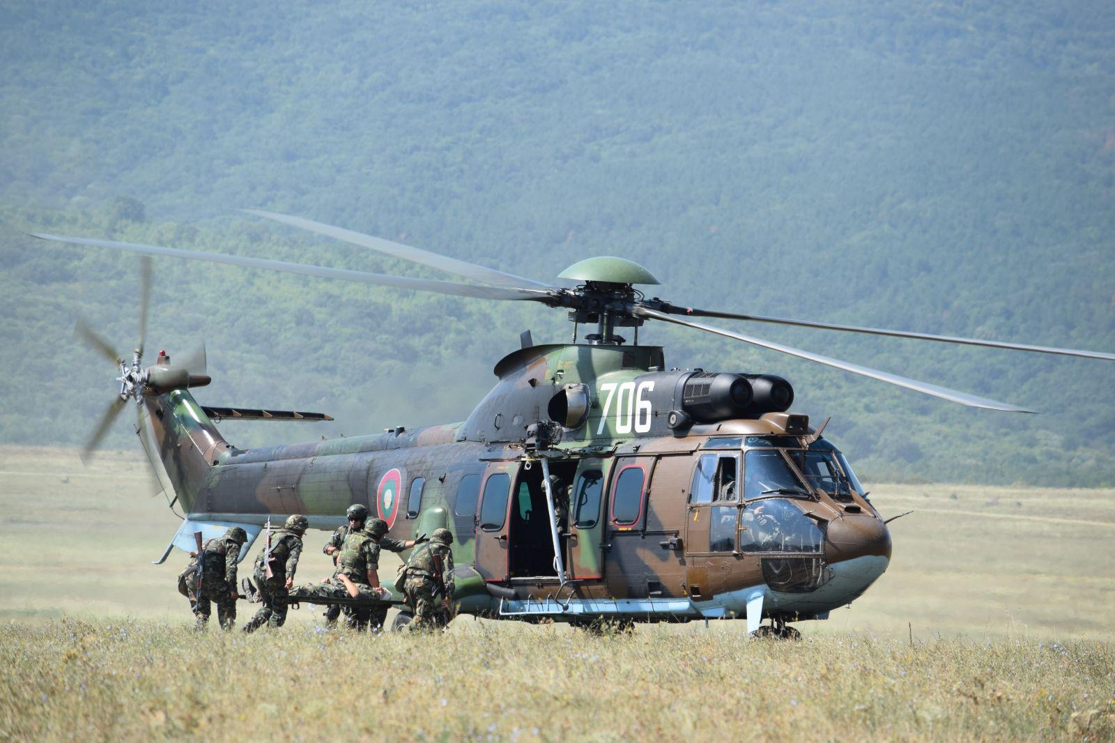ГОРЕЩО: Министър Каракачанов: МО е готово да предостави 4 вертолета AS532AL Cougar за медицински нужди, базирани във Враждебна, Крумово, Долна Митрополия и Чайка