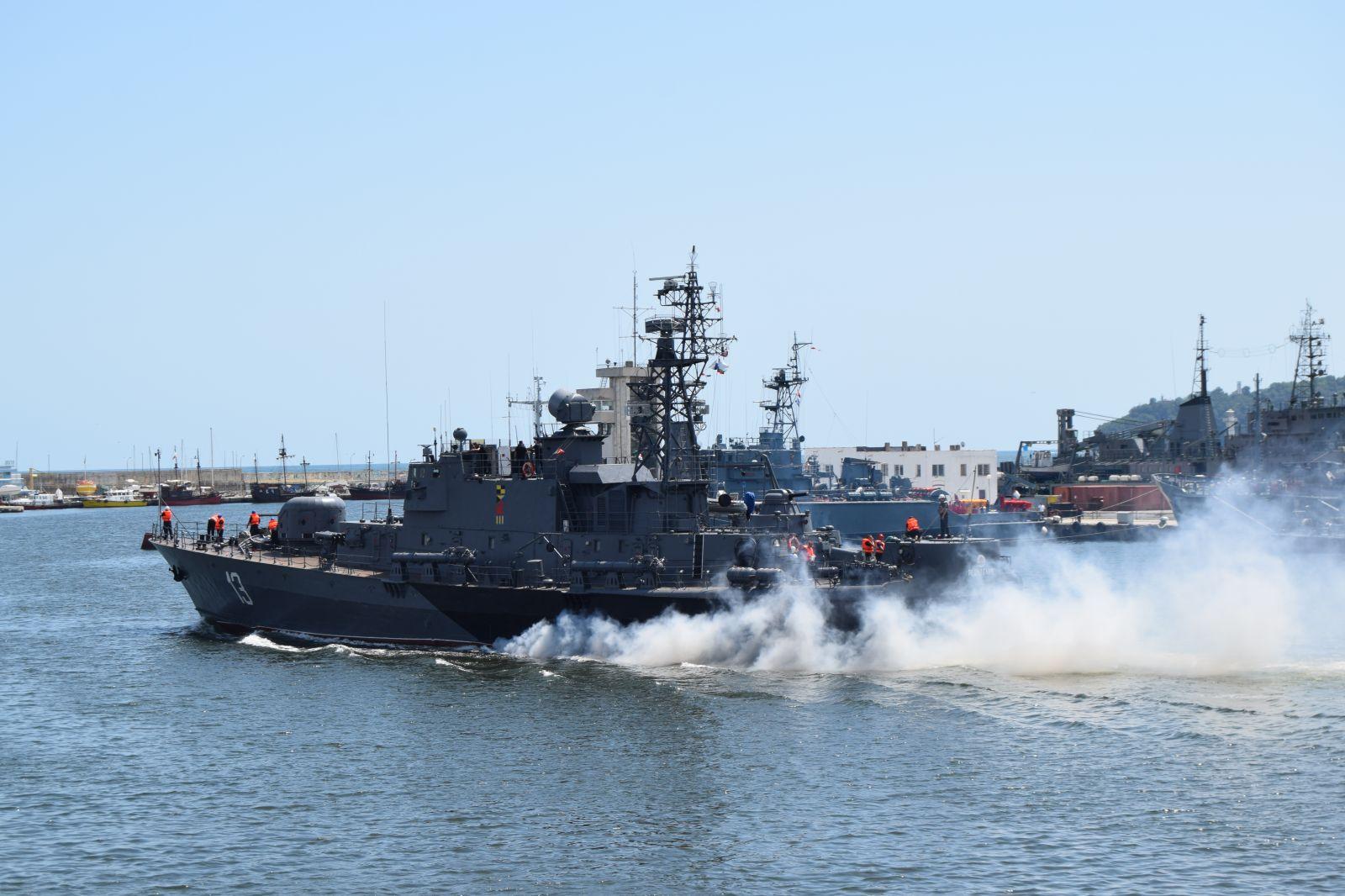 """Корабите на ВМС се подготвят за """"Парад 2019"""" – част 1 (ГОЛЯМА ЕКСКЛУЗИВНА ГАЛЕРИЯ)"""