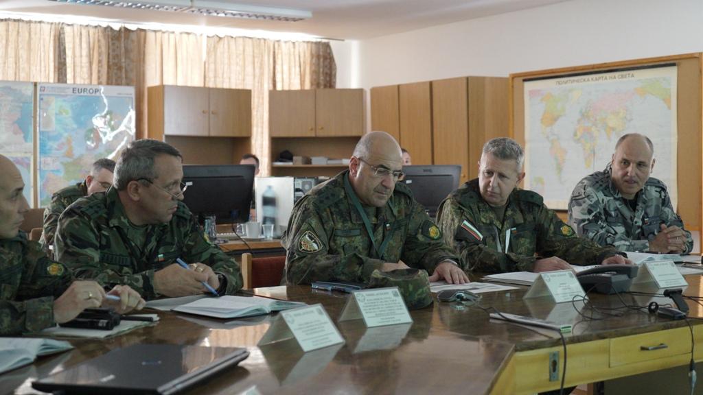 """Участниците в тристепенното командно-щабно компютърно подпомагано учение """"Есен - 2018"""" днес демонстрираха  способности (ГАЛЕРИЯ)"""