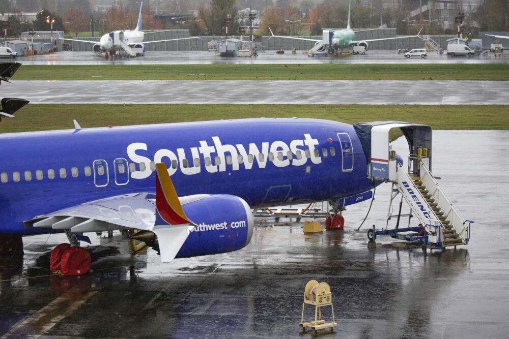 Кои авиокомпании имат най-големите поръчки на Boeing 737 MAX?