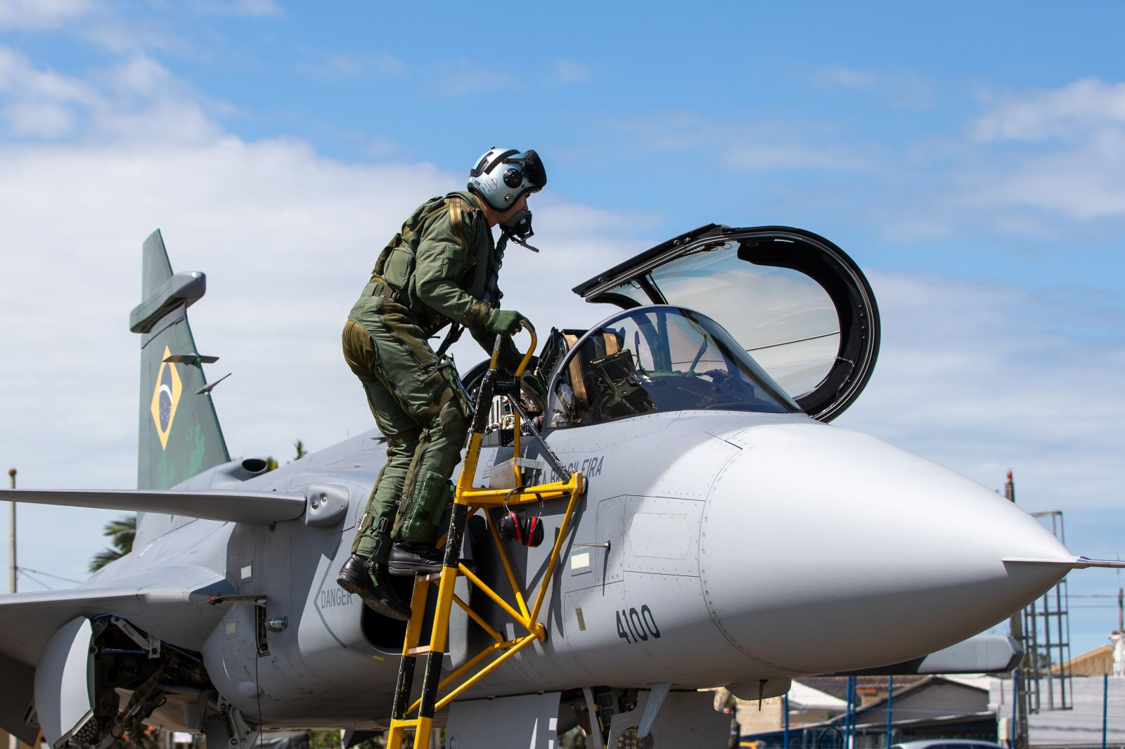 Първият сериен бразилски Gripen Е летя в Бразилия (ОГРОМНА ЕКСКЛУЗИВНА ГАЛЕРИЯ)