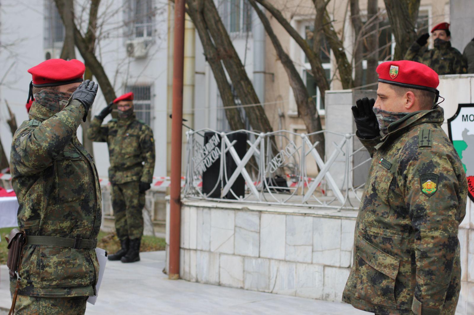 28 новоназначени военнослужещи от състава на СКС положиха военна клетва в Горна Малина и Горна баня (ГОЛЯМА КЛЕТВЕНА ГАЛЕРИЯ)