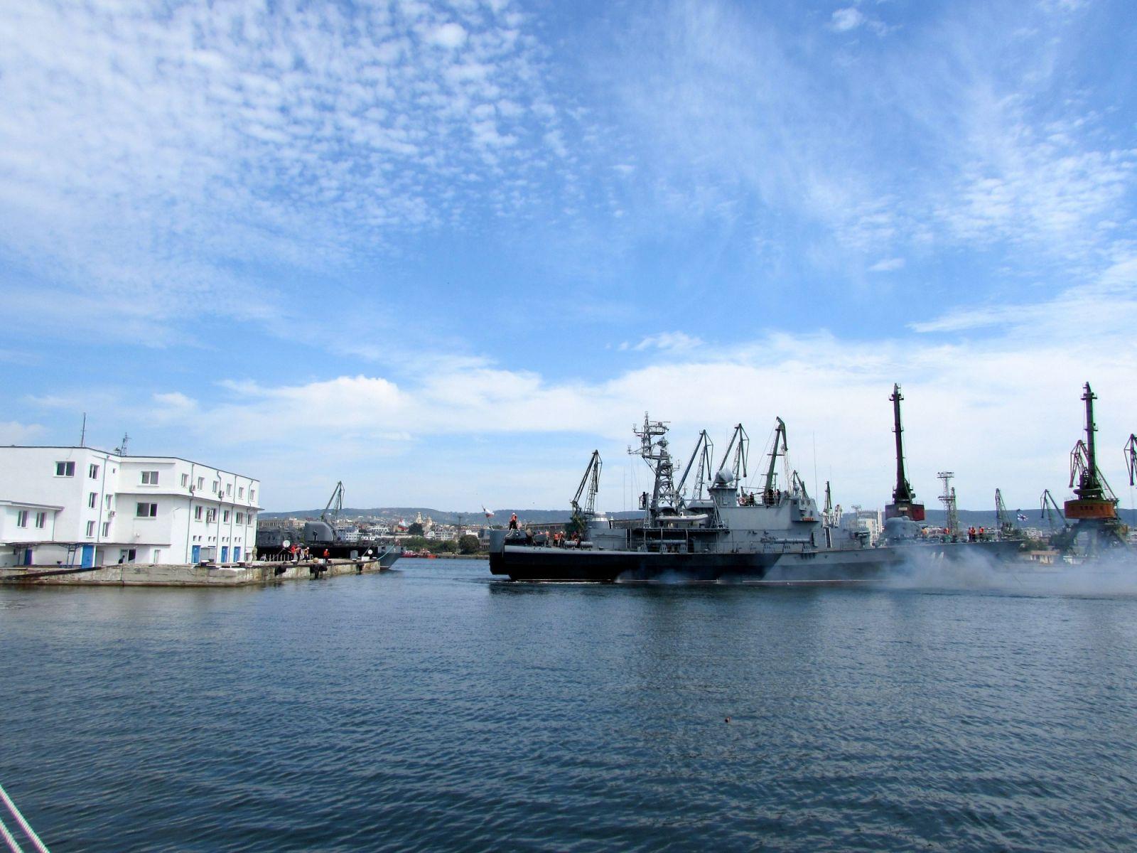 """Корвета 14 """"Бодри"""" се завърна от учението SEA BREEZE 2020 (ГОЛЯМА ПРИСТАНИЩНА ГАЛЕРИЯ)"""