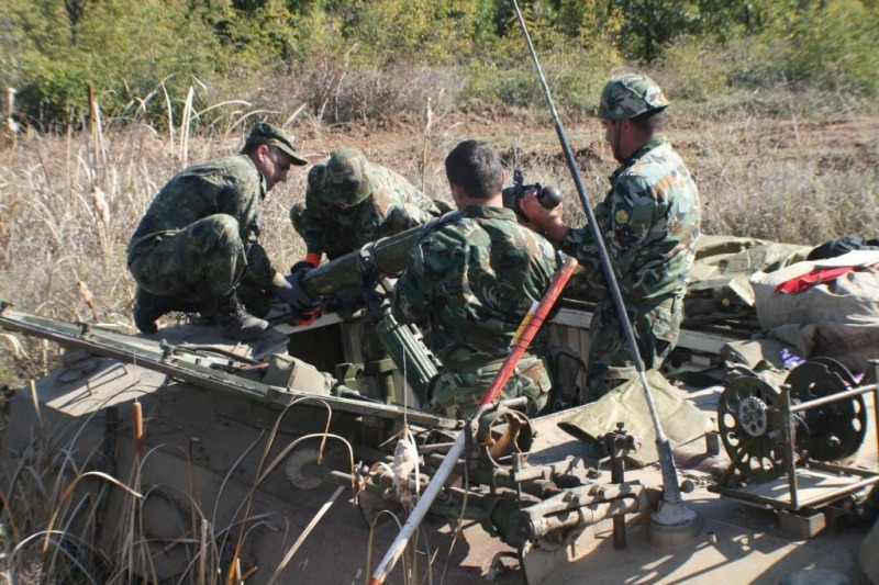 """Артилеристите от Сухопътните войски провеждат полево лагерно обучение на учебен полигон """"Корен"""""""