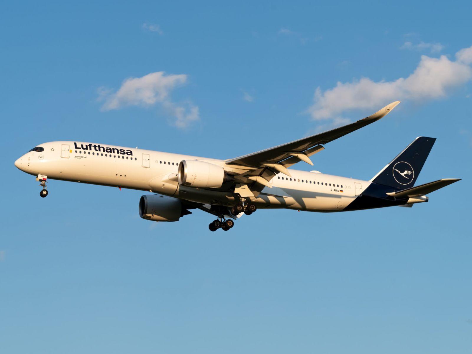 Lufthansa планира най-дългия си чартърен полет - 15 часа с Airbus A350 от Хамбург до Фолклeндските острови