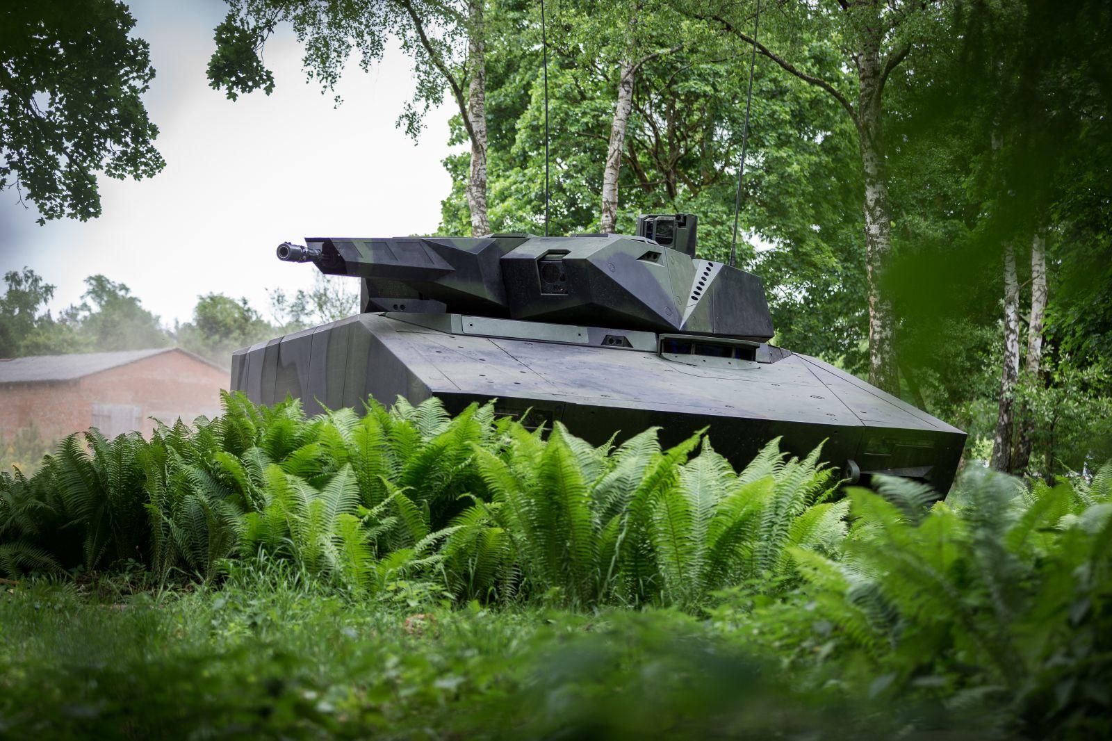 Мащабна отбранителна сделка: Унгария поръча 218 БМП Lynx от Rheinmetall на стойност над 2 милиарда евро
