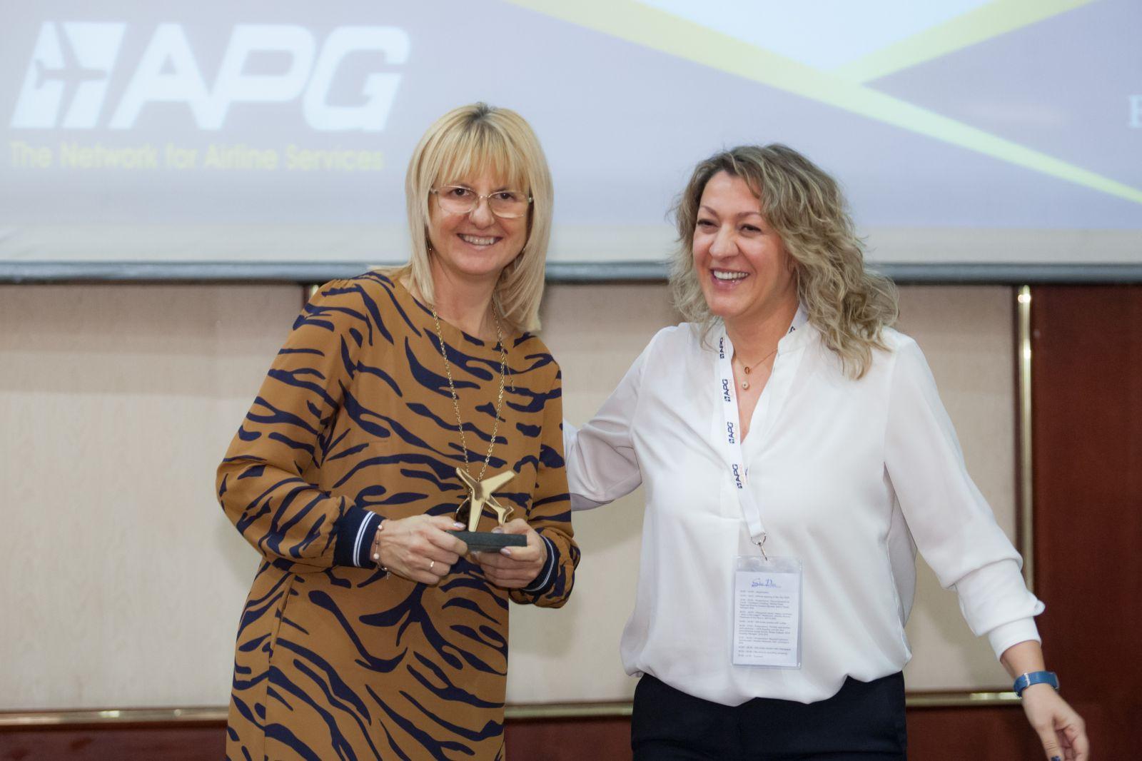 Bulgaria Air отново спечели голямата награда авиокомпания на годината на Sky Awards 2019