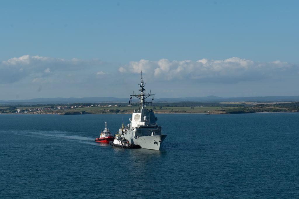 "Започна учението ""Бриз 2020"", пристигнаха чуждестранните кораби (ГОЛЯМА СЛЪНЧЕВА БУРГАСКА ГАЛЕРИЯ)"