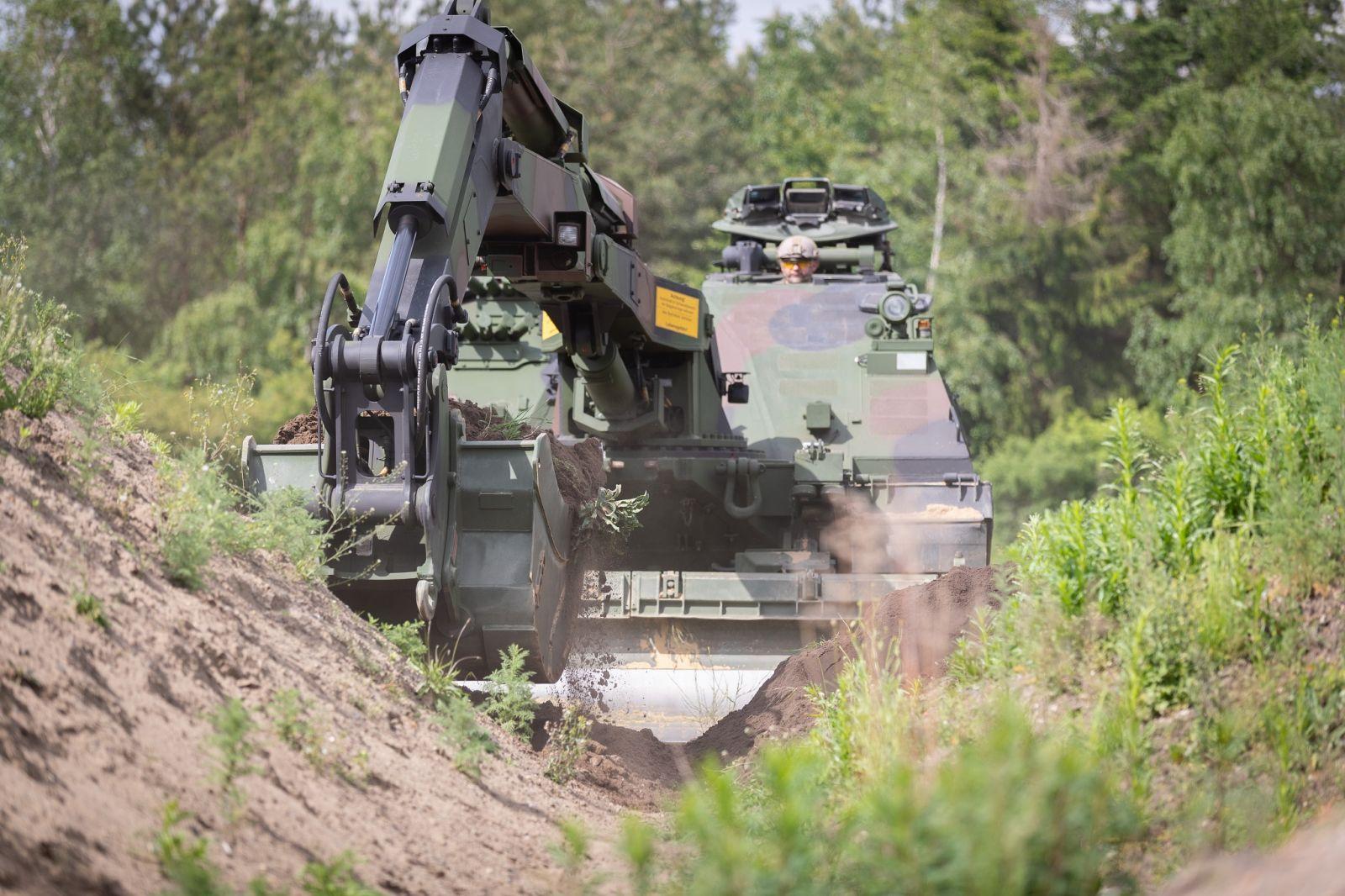 Rheinmetall Kodiak ще бъде новата бойна инженерна машина на Bundeswehr-а (ЕКСКЛУЗИВНА ГАЛЕРИЯ)