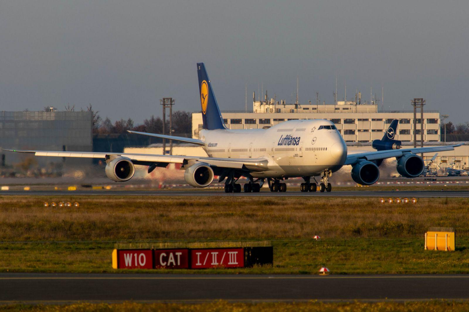 Lufthansa ще предлага билети по 9 евро, за да запази слотовете си на важни летища