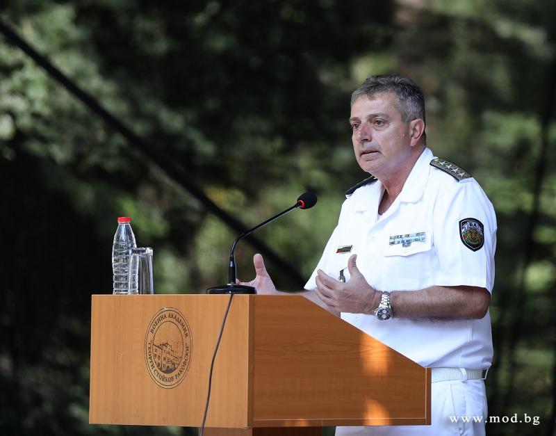 Адм. Емил Ефтимов: Българската армия поддържа 36-часова готовност за развръщане на военни формирования на държавната граница (ГАЛЕРИЯ)