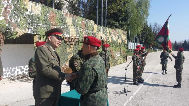 Курсисти от Единен център за начална подготовка положиха военна клетва (ПАТРИОТИЧНА ГАЛЕРИЯ)