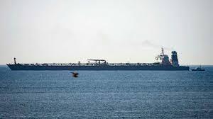 """Британски командоси превзеха иранския супертанкер """"Грейс 1"""" с дължина над 330 метра, който превозва ирански суров петрол под панамски флаг (ГАЛЕРИЯ, ВИДЕО)"""