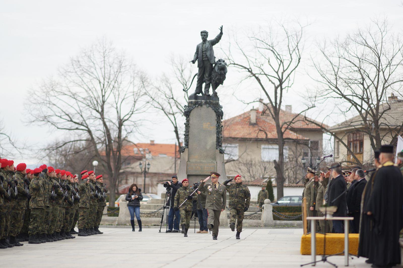 Ритуал по полагане на военна клетва от новоназначени военнослужещи в 61-ва механизирана бригада