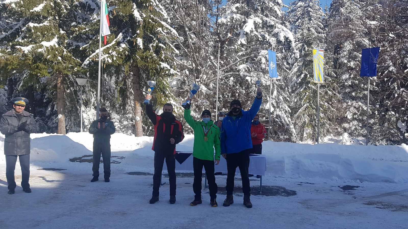 Военните спортисти в ски алпийските дисциплини от СКСО спечелиха най-много точки в държавния военен шампионат по ски