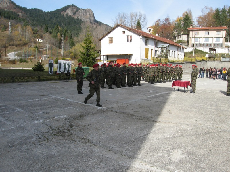 Военна клетва положиха 20 военнослужещи от 101-ви алпийски полк в Смолян