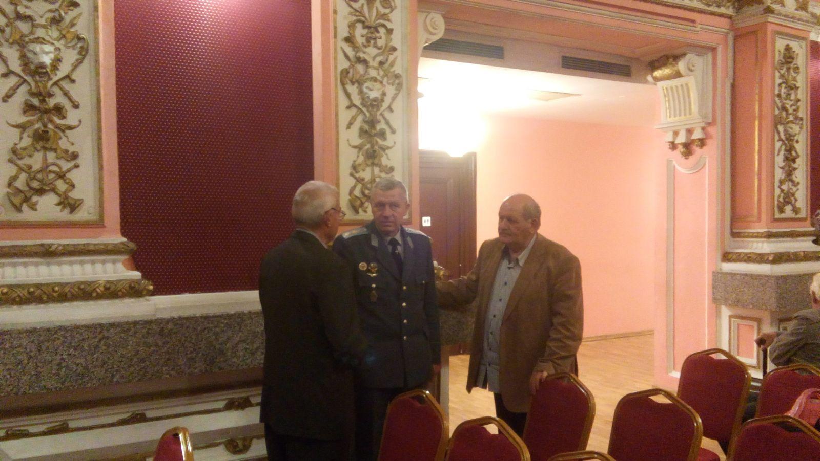 Традиционната среща на командването на ВВС с ветерани за празника на Българската военна авиация
