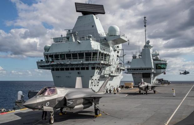 F-35B вече на палубата на HMS Queen Elizabeth