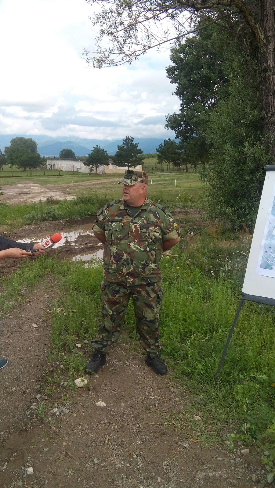 """Механизираният взвод, командван от сержант Нинов, се представи с """"отличен"""" на учебен център """"Анево""""."""
