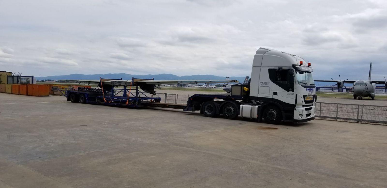 Втори L-410 отива в Чехия за ремонт