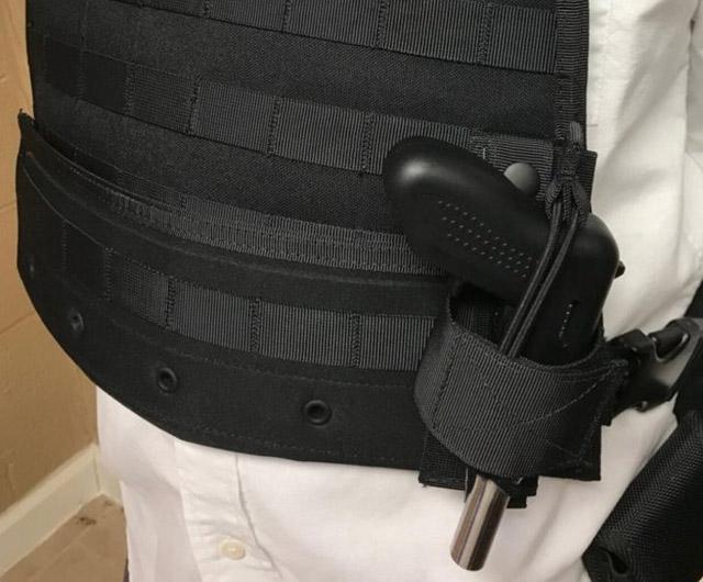 Еднозарядният пистолет Altor