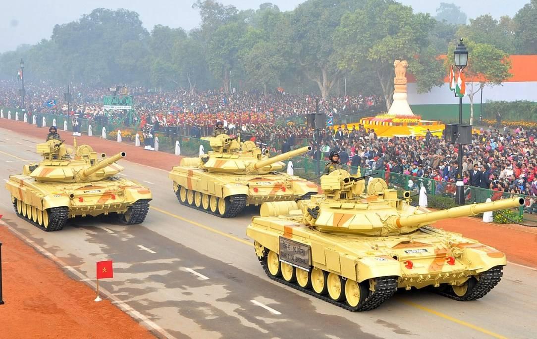 Китайските танкове срещу индийските в планината