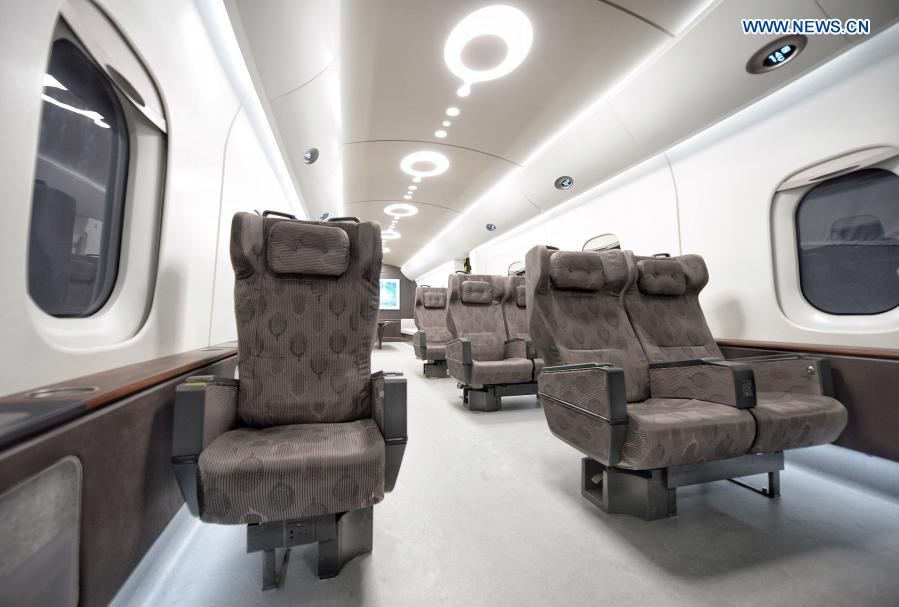 Китай представи влак, способен да се ускори до 1000 km/h