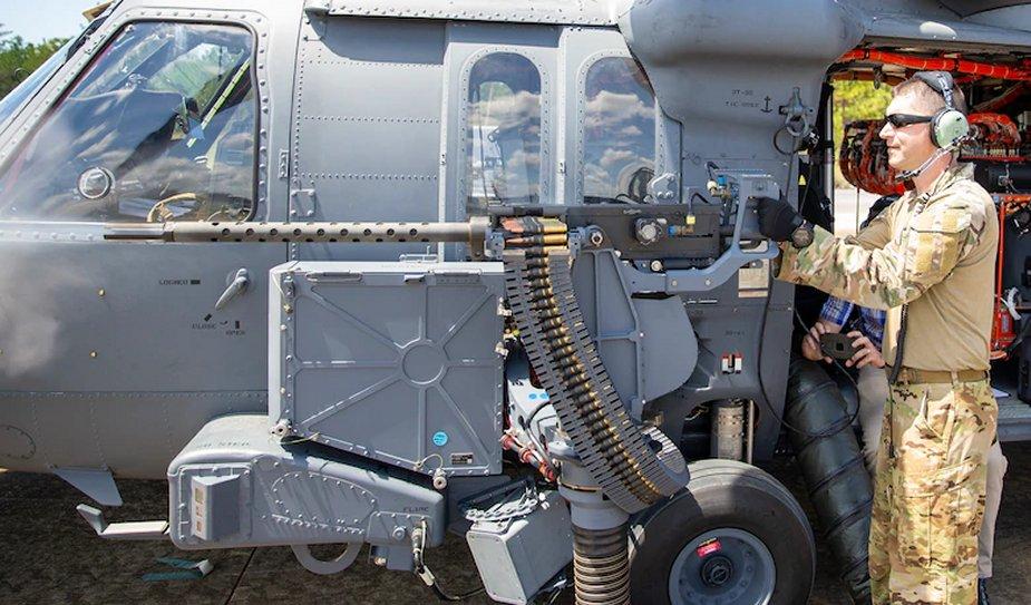 Тестват оръжия за хеликоптера HH-60W Jolly Green II