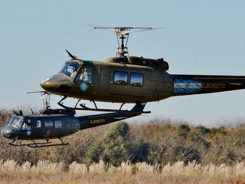 HMMWV и Huey за армията на Босна и Херцеговина