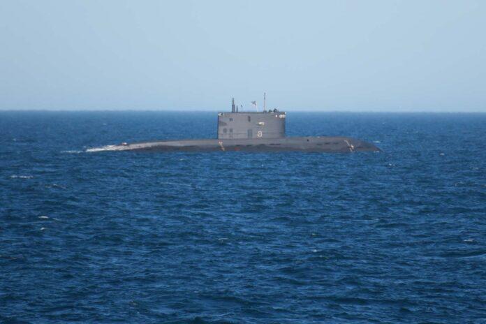 Откриха руска подводница край бреговете на Великобритания