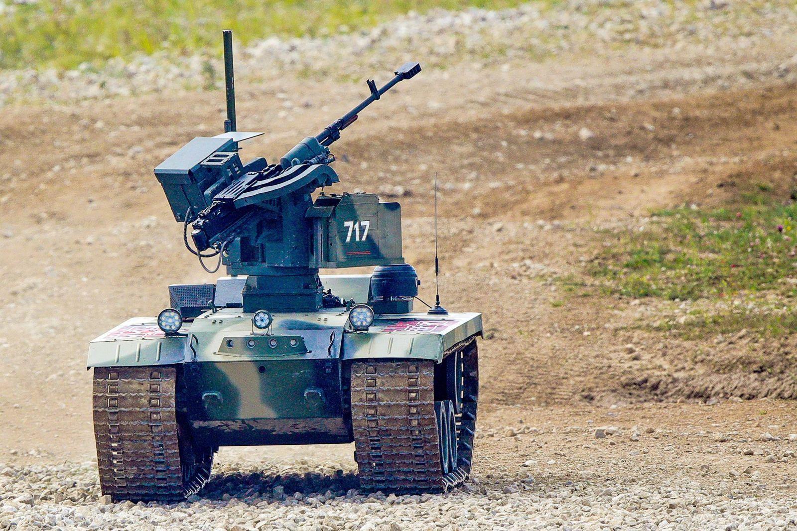 """В ученията """"Запад-2021"""" роботи """"Уран-9"""" и """"Нерехта"""" бяха използвани за първи път в бойните редове"""