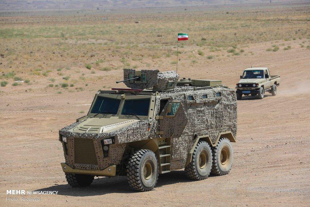 Нова военна техника  показаха в Иран