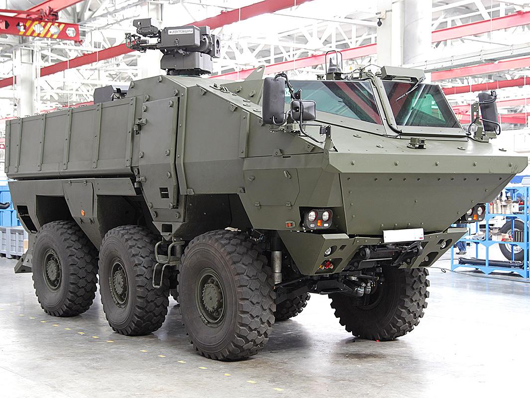 "Бойният модул ""Охотник"" за бронеавтомобилите ""Тайфун"" получи нова картечница"
