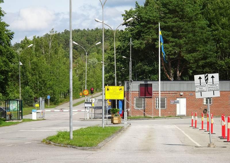 Шведските ВМС влизат под земята