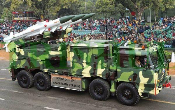Индия успешно тества нова версия на зенитната ракета Акаш