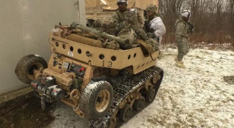 Тестват екзоскелети Onyx и безпилотни всъдеходи в 10-та планинска дивизия на американската армия